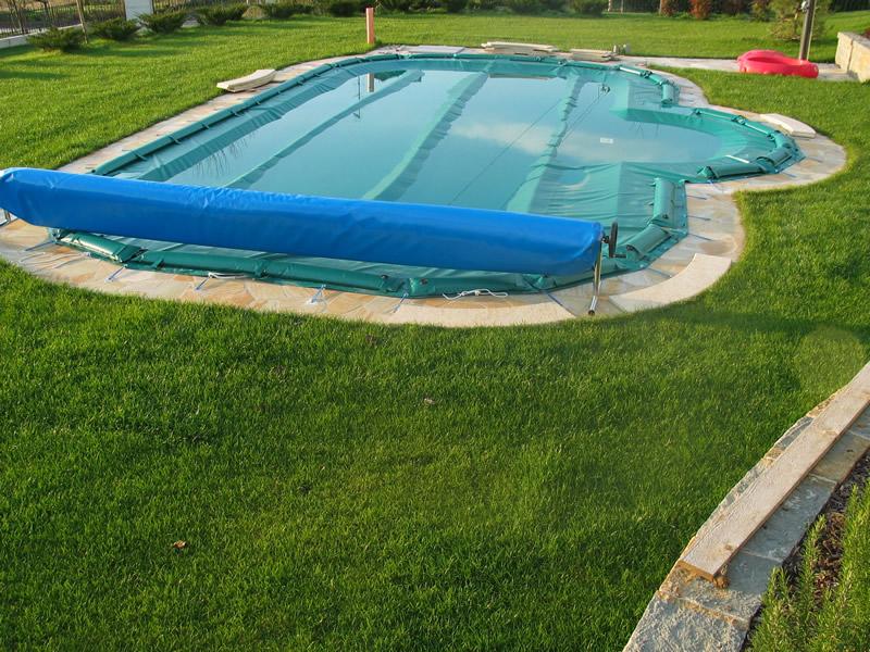 Preparazione della piscina per la chiusura invernale piscine titro - Chiusura invernale piscina ...